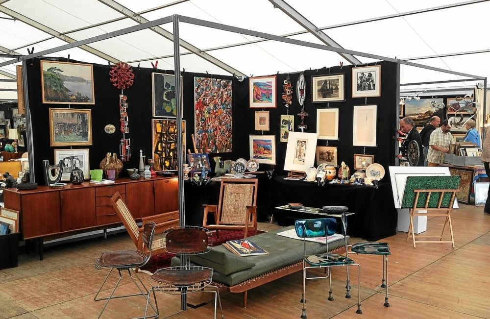 salon Antiquités Brocante Design de Quimper 2018.
